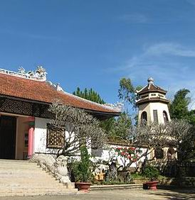 chua Linh Son dalat